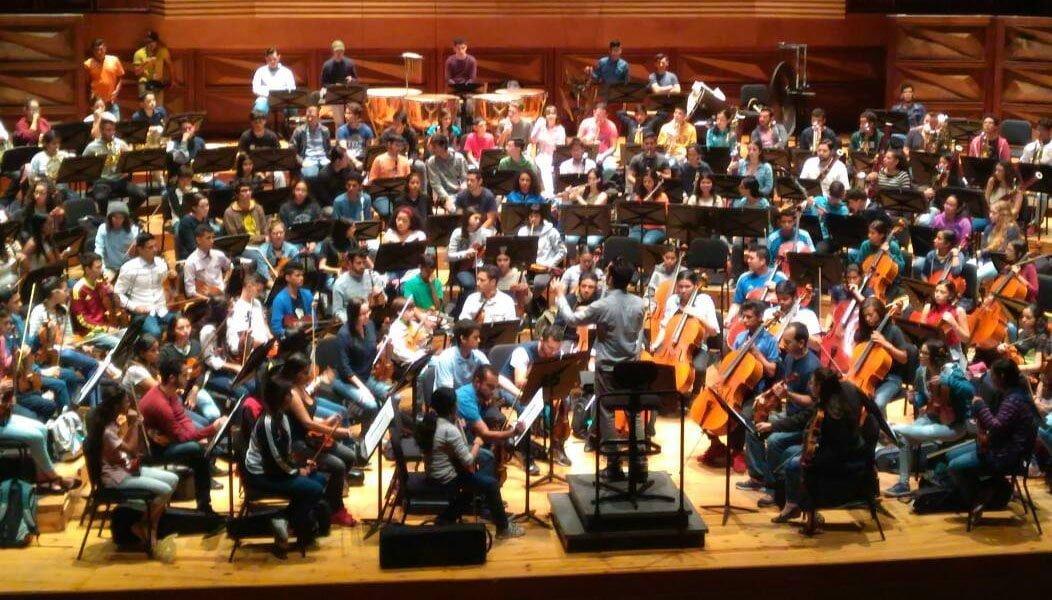 La Sinfónica Simón Bolívar y la Sinfónica José Francisco Del Castillo ofrecen concierto juntas