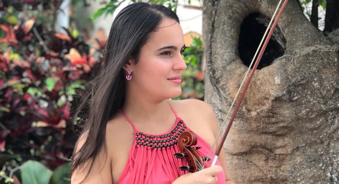 """Una violinista solista, de cámara y orquestal: """"La música es apasionante, sea lo que sea que hagas"""""""