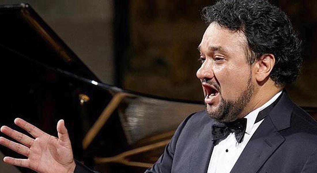 """""""En la ópera no hay que buscar éxito, dinero y fama, sino hacer música"""": Ramón Vargas"""