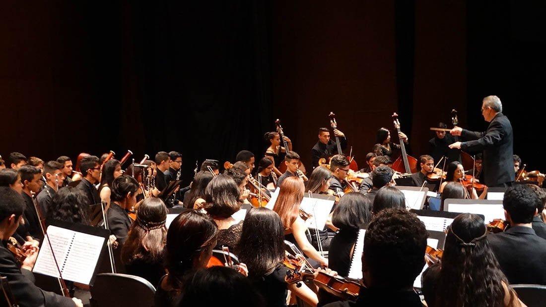 La Filarmónica de la Universidad Rafael Urdaneta sorprendió una vez más al público Zuliano
