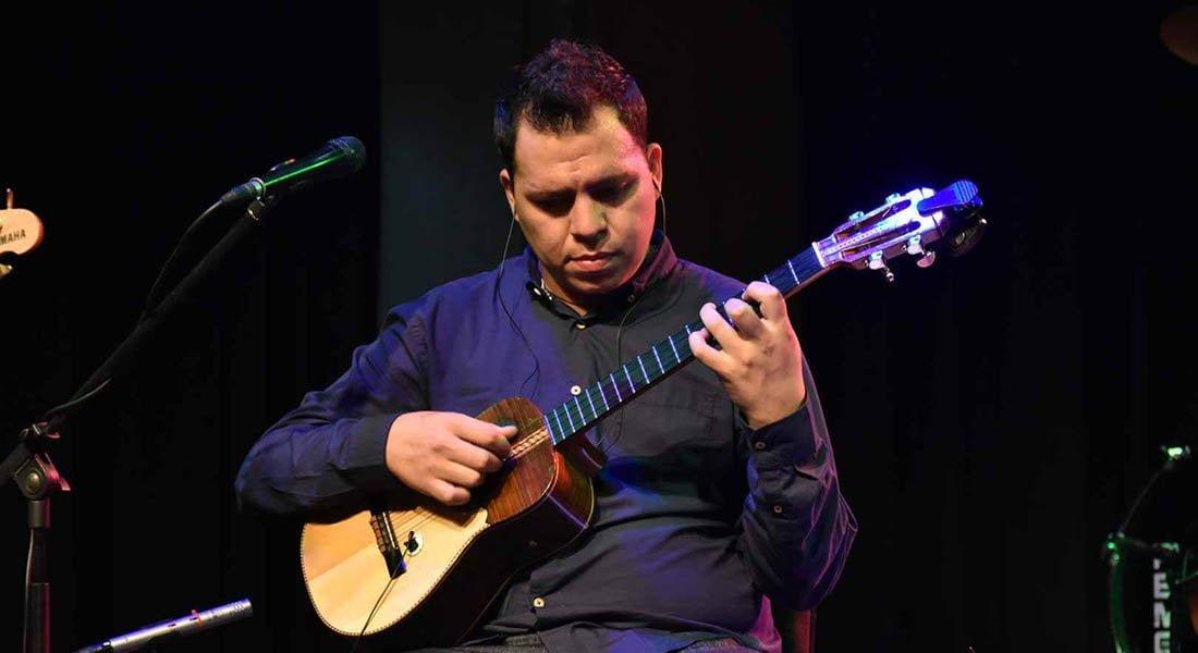 Daniel Requena: La riqueza del cuatro en concierto