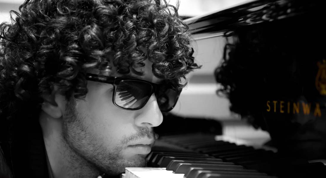 """Simon Ghraichy: """"Puedo tocar obras que tienen 200 años, pero no quiero vivir en el pasado"""""""
