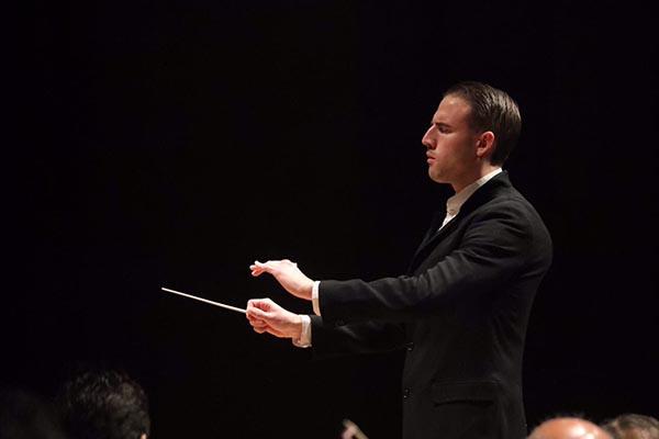 Rodolfo Barráez gana el Premio Internacional de Dirección de Orquesta en México