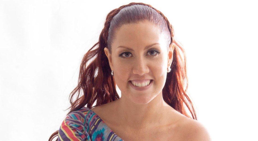 Marina Bravo se vuelve Cantora para interpretar Canciones de aquí y de allá