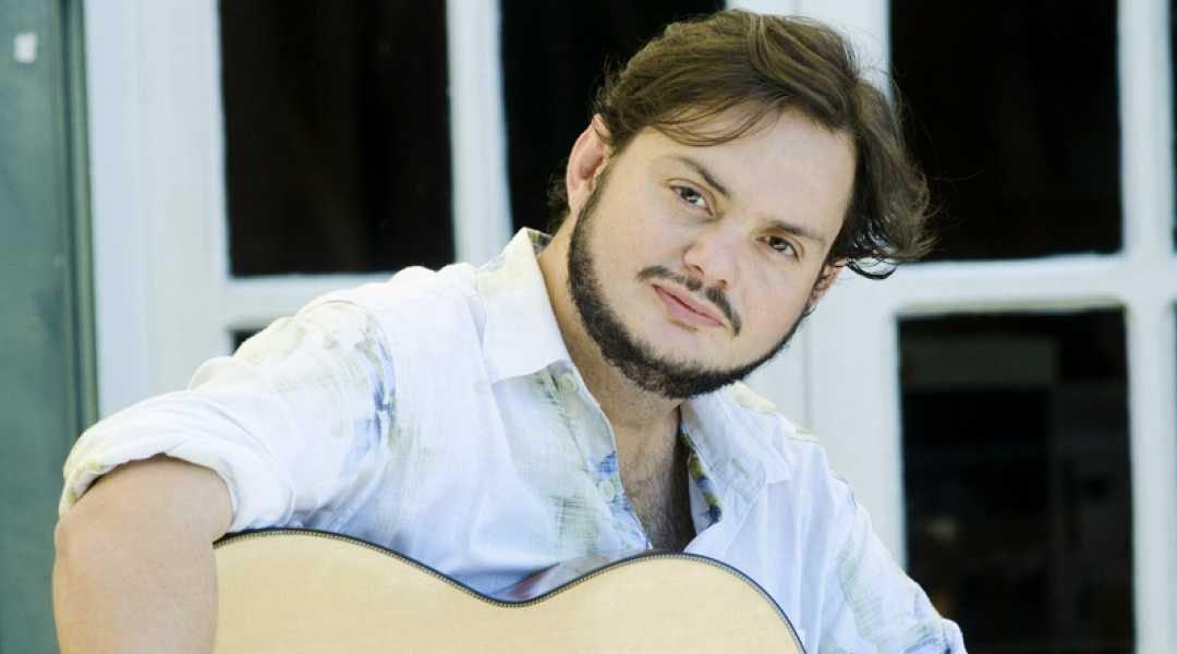 Yamandu Costa uno de los guitarristas más destacados del momento