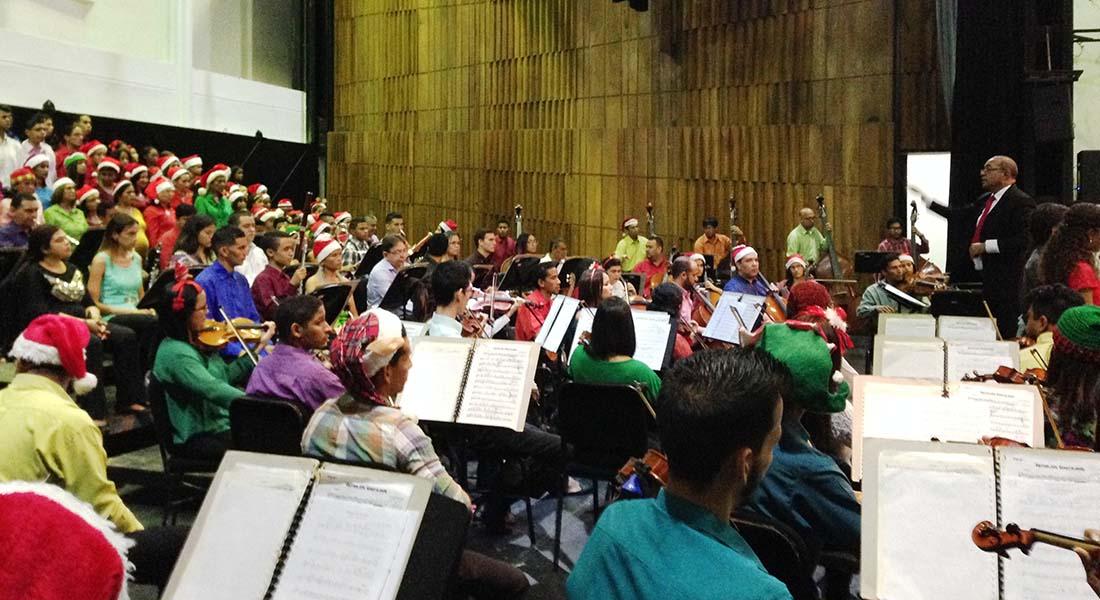 Orquesta Sinfónica de Falcón y la Coral Falcón celebran la navidad 2018