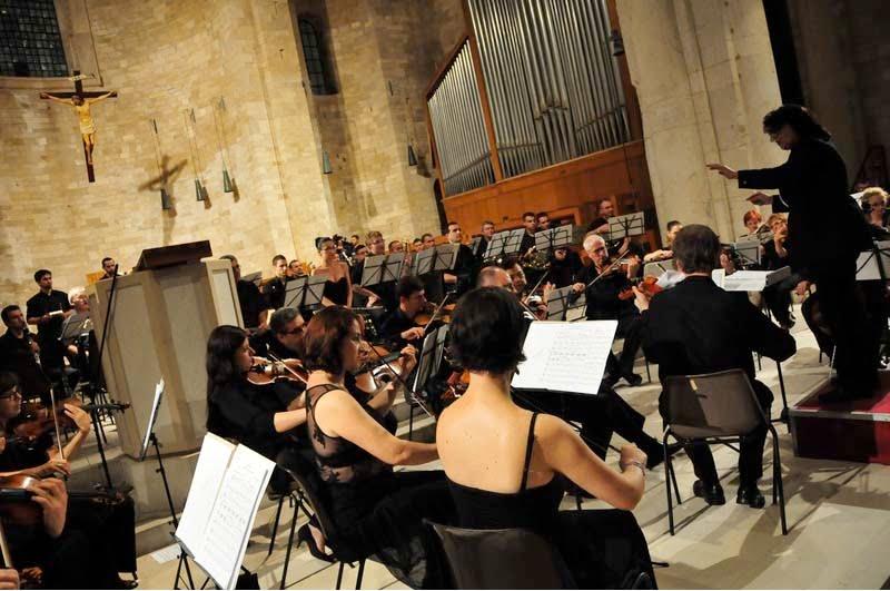 Sylvia Constantinidis lleva los beneficios de la Ópera a los niños