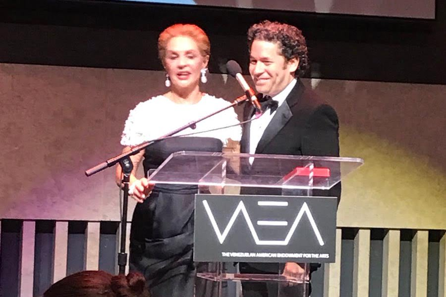 Gustavo Dudamel recibe premio de las artes en Nueva York