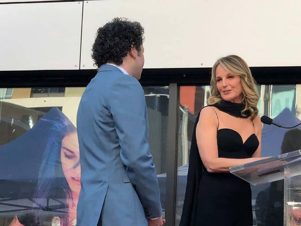 Gustavo Dudamel al desvelar su estrella en el Paseo de la Fama de Hollywood: Venezuela vive una situación inaceptable