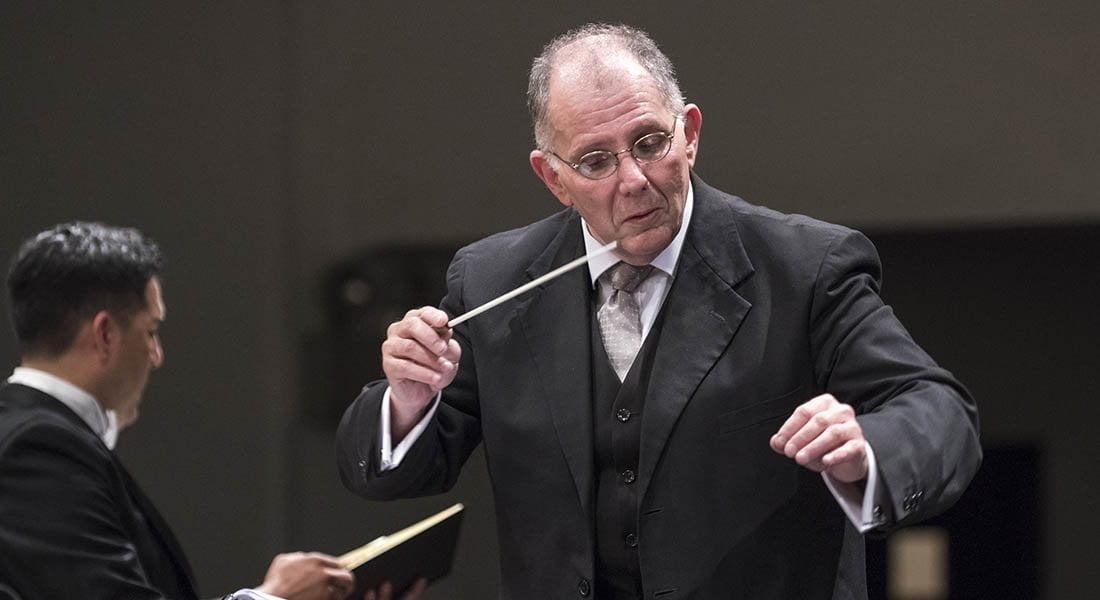 """Rodolfo Saglimbeni: """"Cada vez que regreso a la Sinfónica Nacional de Chile es un privilegio"""""""