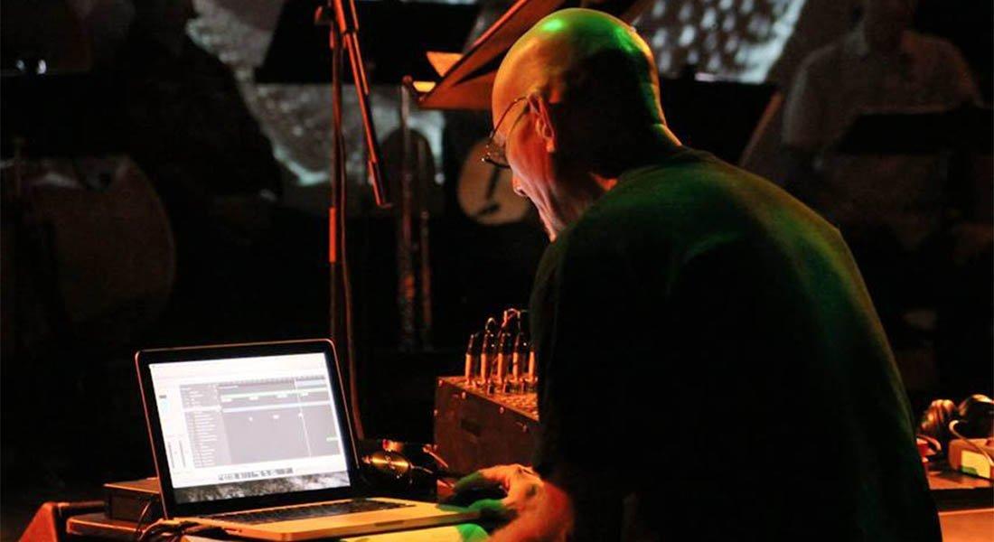 Para Compositores interesados en tener experiencia con la música electroacústica