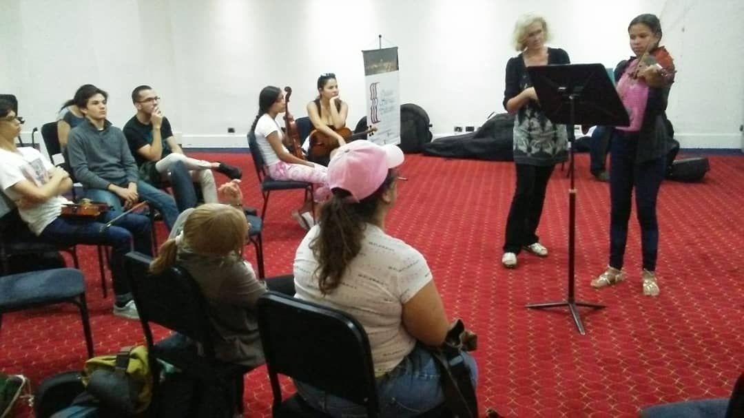 Violista Olga Tkachenko dictó clases magistrales en Carabobo