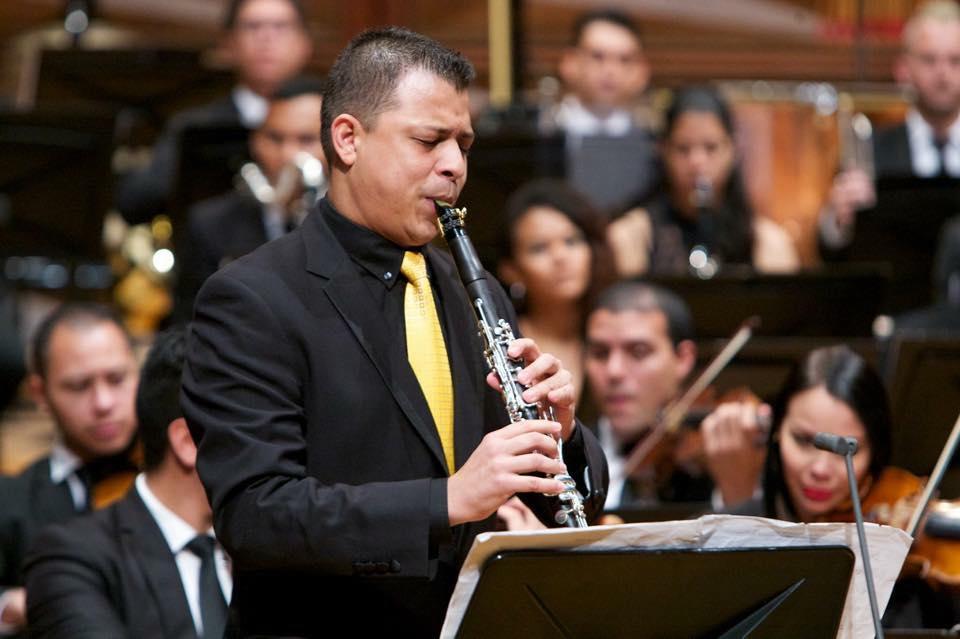 David Medina: Historia de un músico venezolano en la Sinfónica de Chile