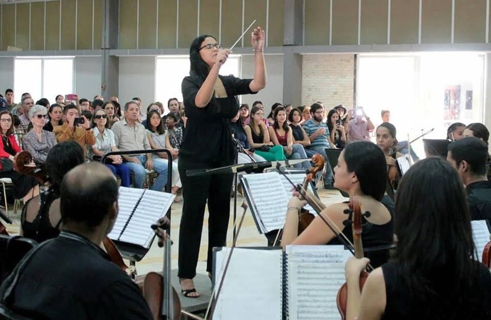 Dos Romanzas para la mujer con la Orquesta Sinfónica de Carabobo