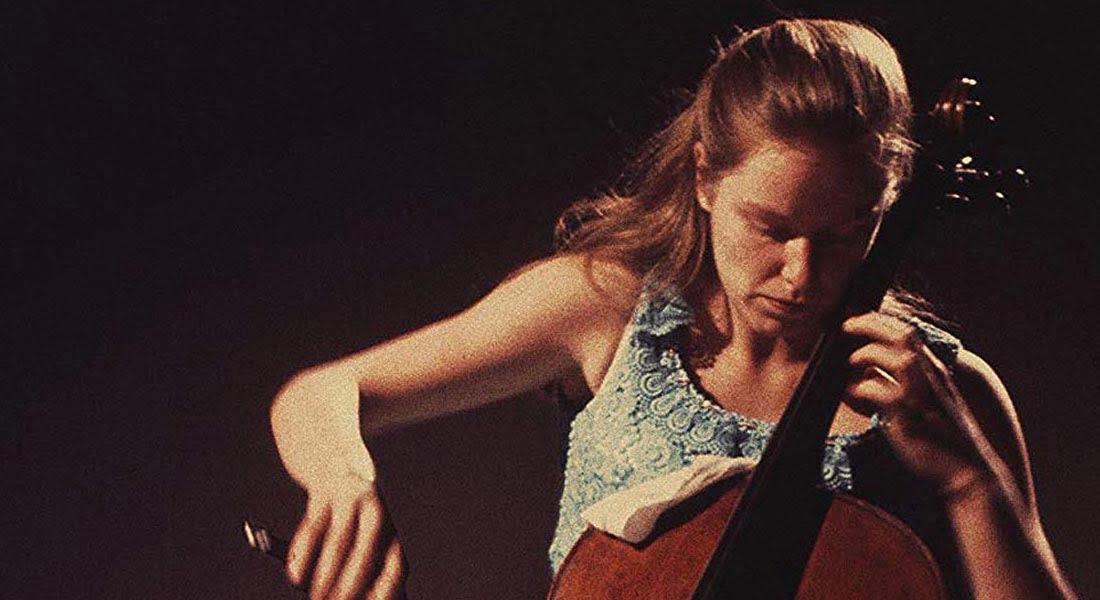 La corta y trágica vida de la genial Jacqueline du Pré, la violoncelista que enamoró a Daniel Barenboim