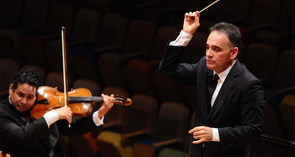 La novela El General en su Laberinto es llevada a la partitura sinfónica por Tarcisio Barreto Ceballos