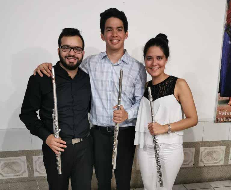 Dos venezolanos  y un ecuatoriano triunfan en el Festival de Flautas y Música de Cámara de Guayaquil