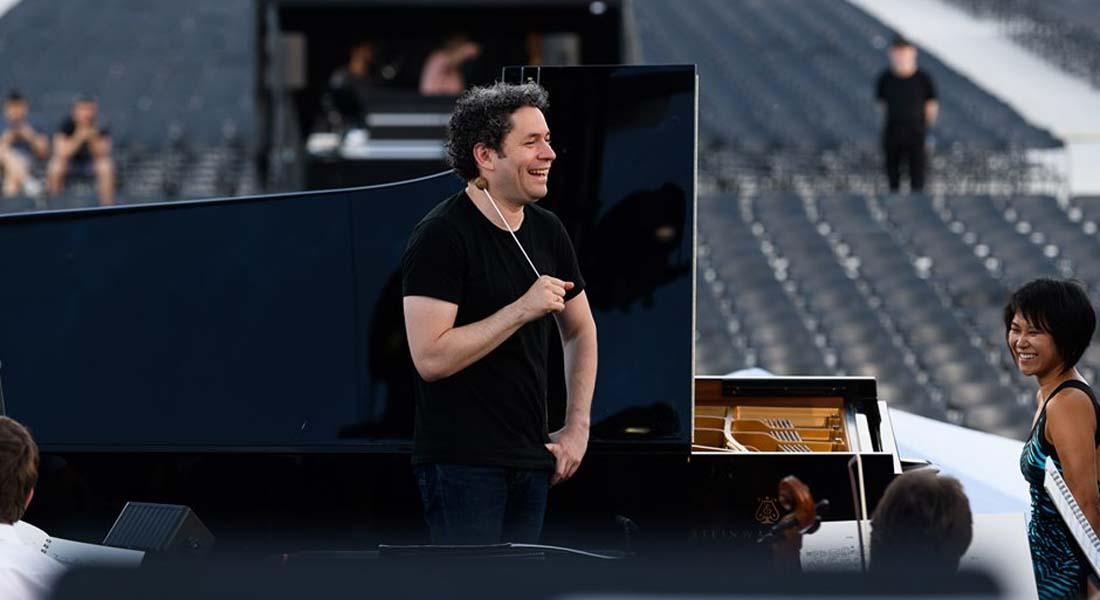 El País: Gustavo Dudamel, un mesías de la dirección de orquesta