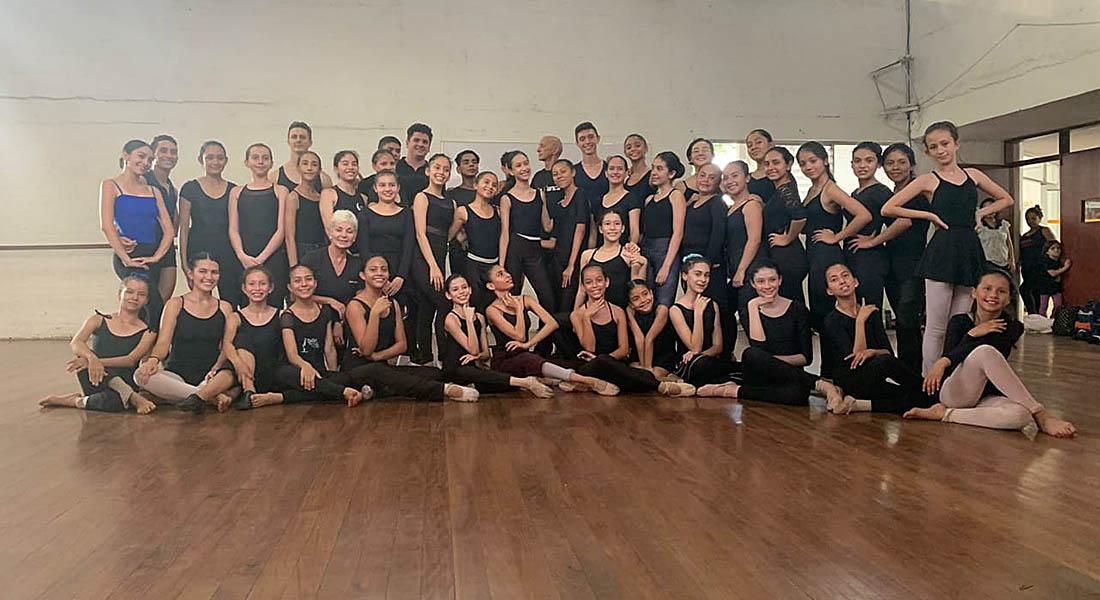 Con éxito total finalizo curso intensivo de Ballet de la Mar en Cali