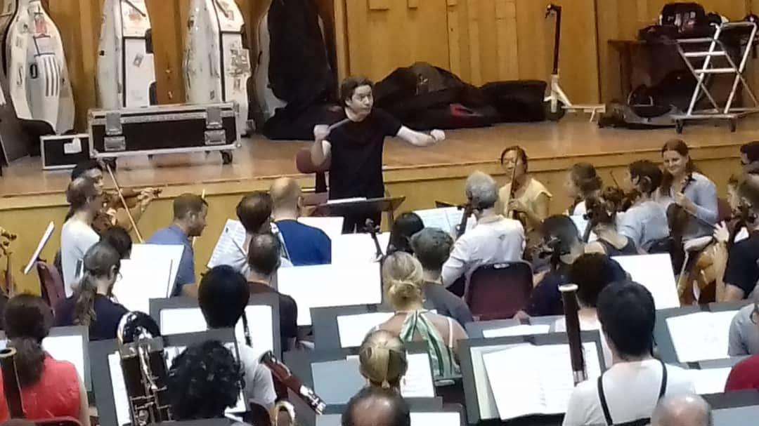 Gustavo Dudamel «alucina» a los jóvenes en su proyecto con la Mahler Chamber