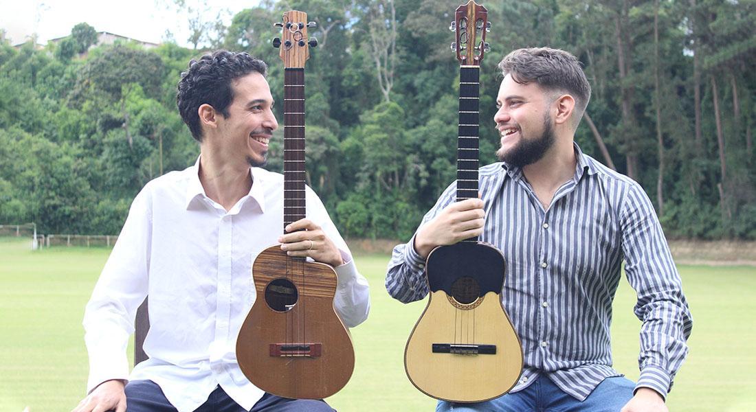 Ángel y Fernando interpretan «La Historia del Cuatro Suena Así» en el Centro Cultural Chacao