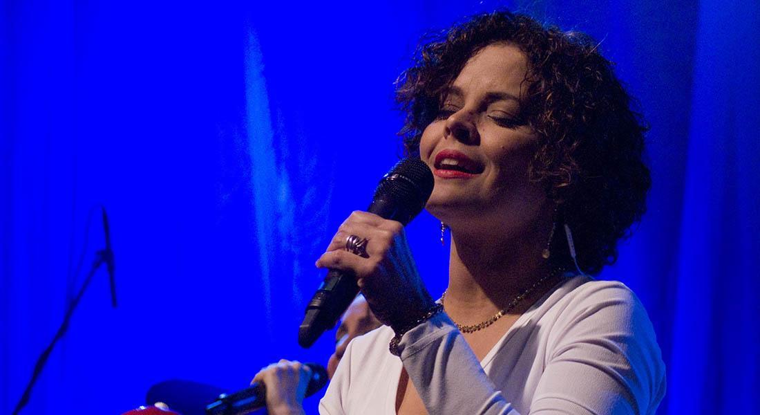 Ana Isabel Domínguez canta a sus orígenes en el Centro Cultural BOD