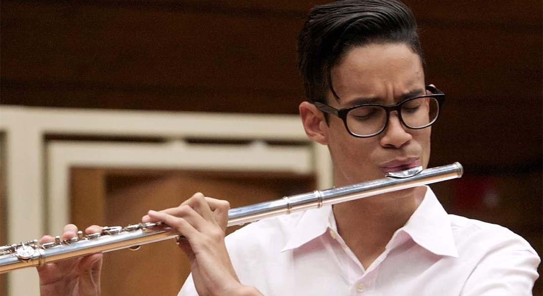 Guataca recibe al flautista Daniel Barragán tras ganar concurso internacional de flauta
