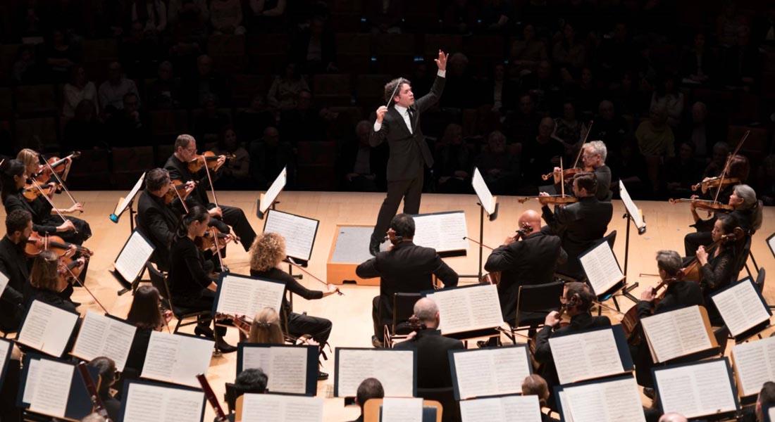 Gustavo Dudamel renueva su contrato al frente de la Filarmónica de Los Ángeles hasta 2026