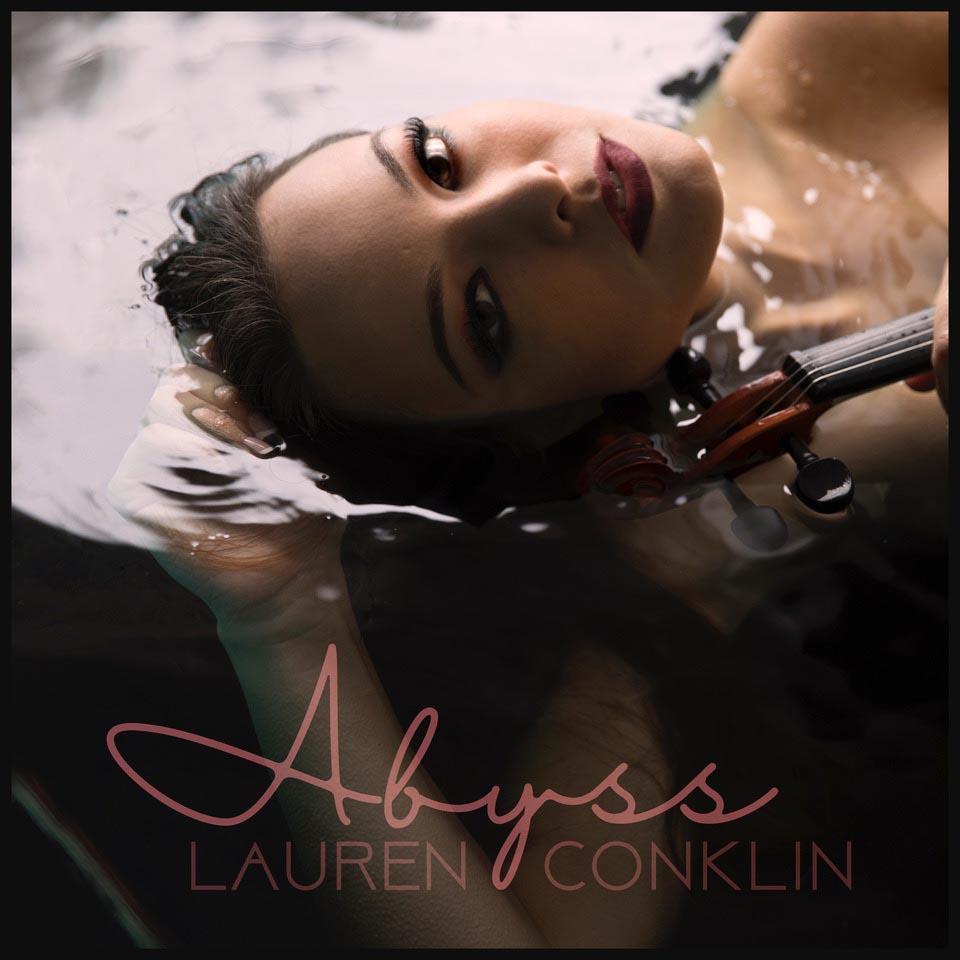 """Lauren Conklin laza nuevo sencillo promocional:""""Abyss"""""""