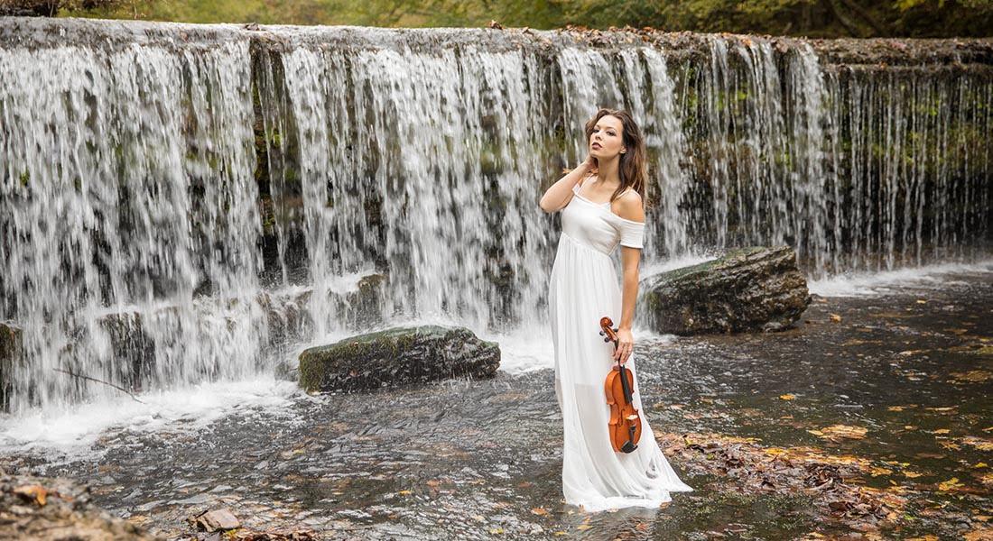 La violinista Lauren Conklin sueña con tocar en Venezuela