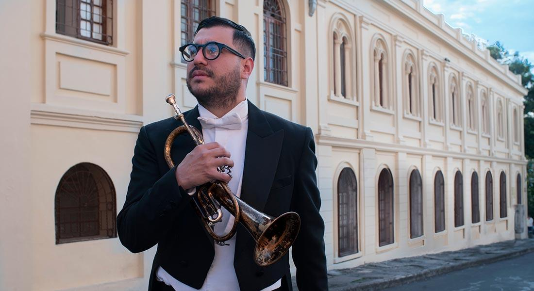 Chipi Chacón estrena dos discos de manera simultánea